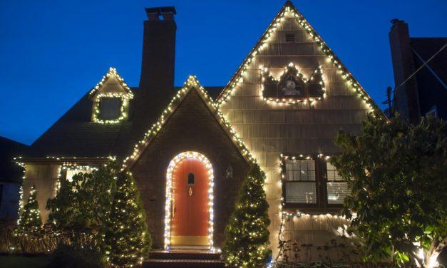 Stylish Holiday Decorations: Tips